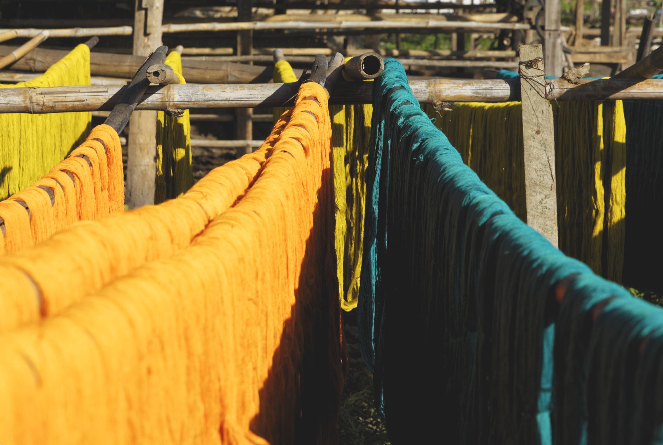 Tissages colorés Amarapura