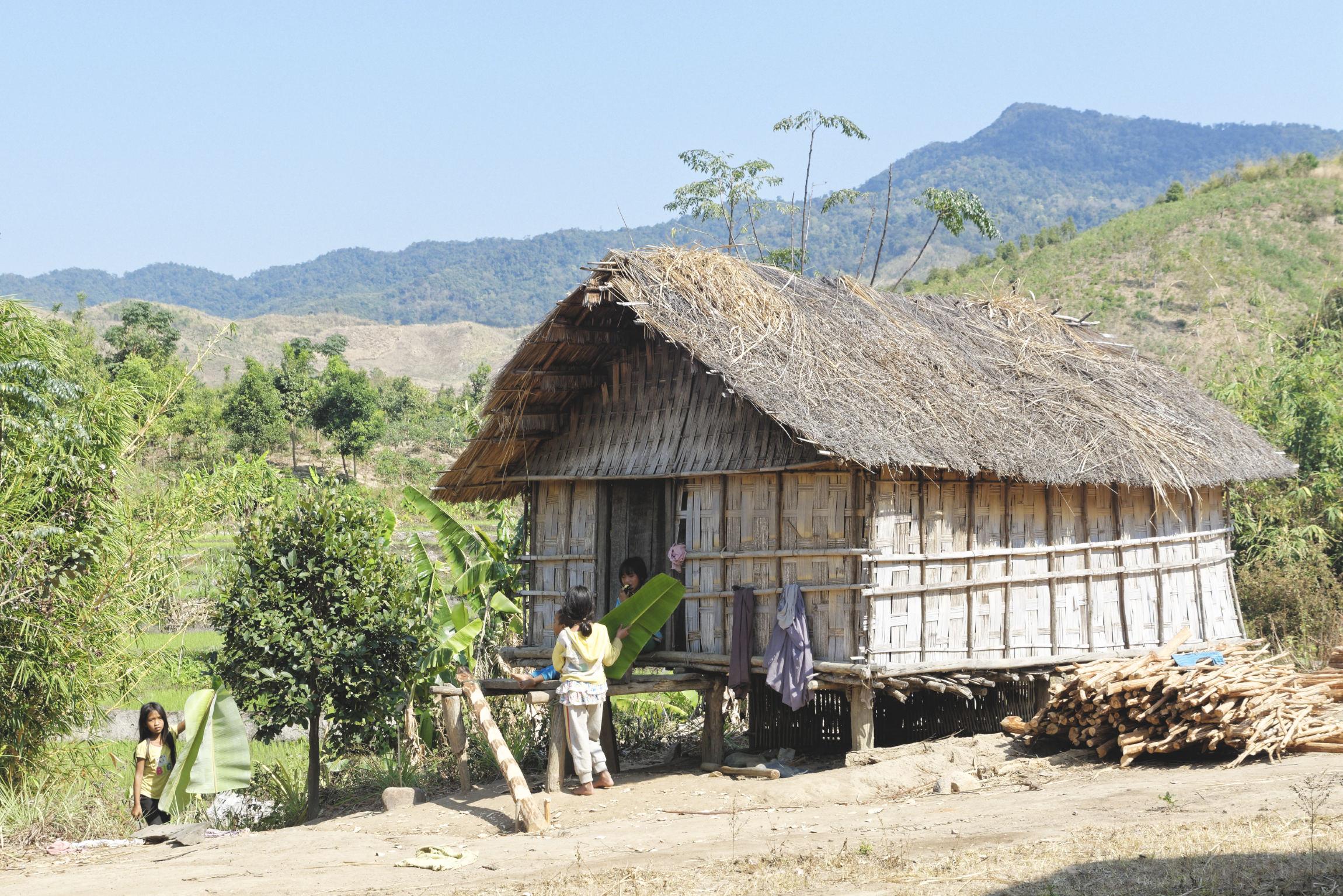 Hutte en bambou Kon Knoh Kontum