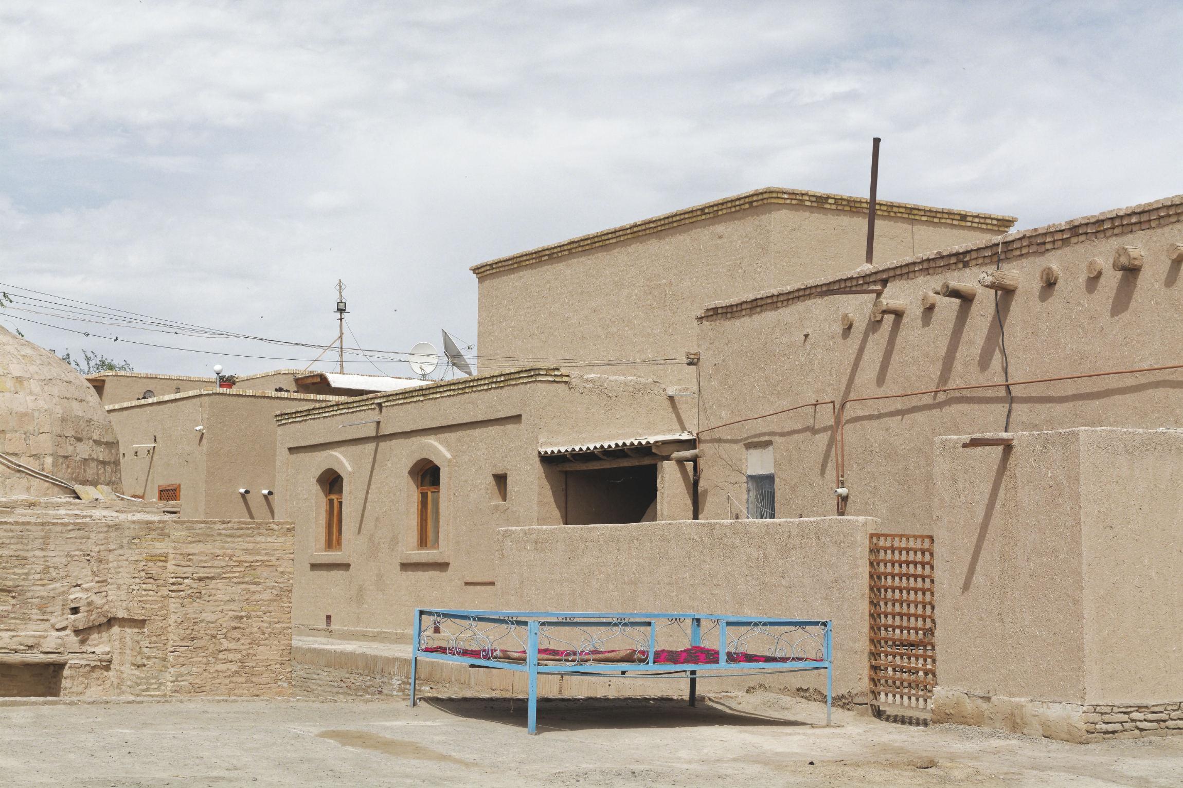 Topchan dans les rues de Khiva