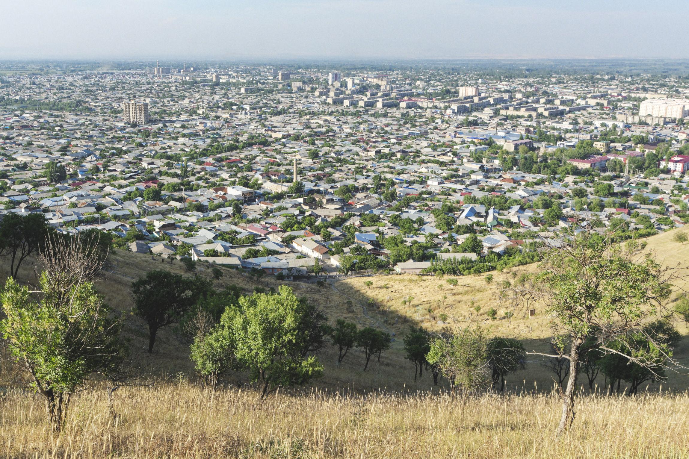 Sulaiman-Too et vue sur la ville d'Och Kirghizstan