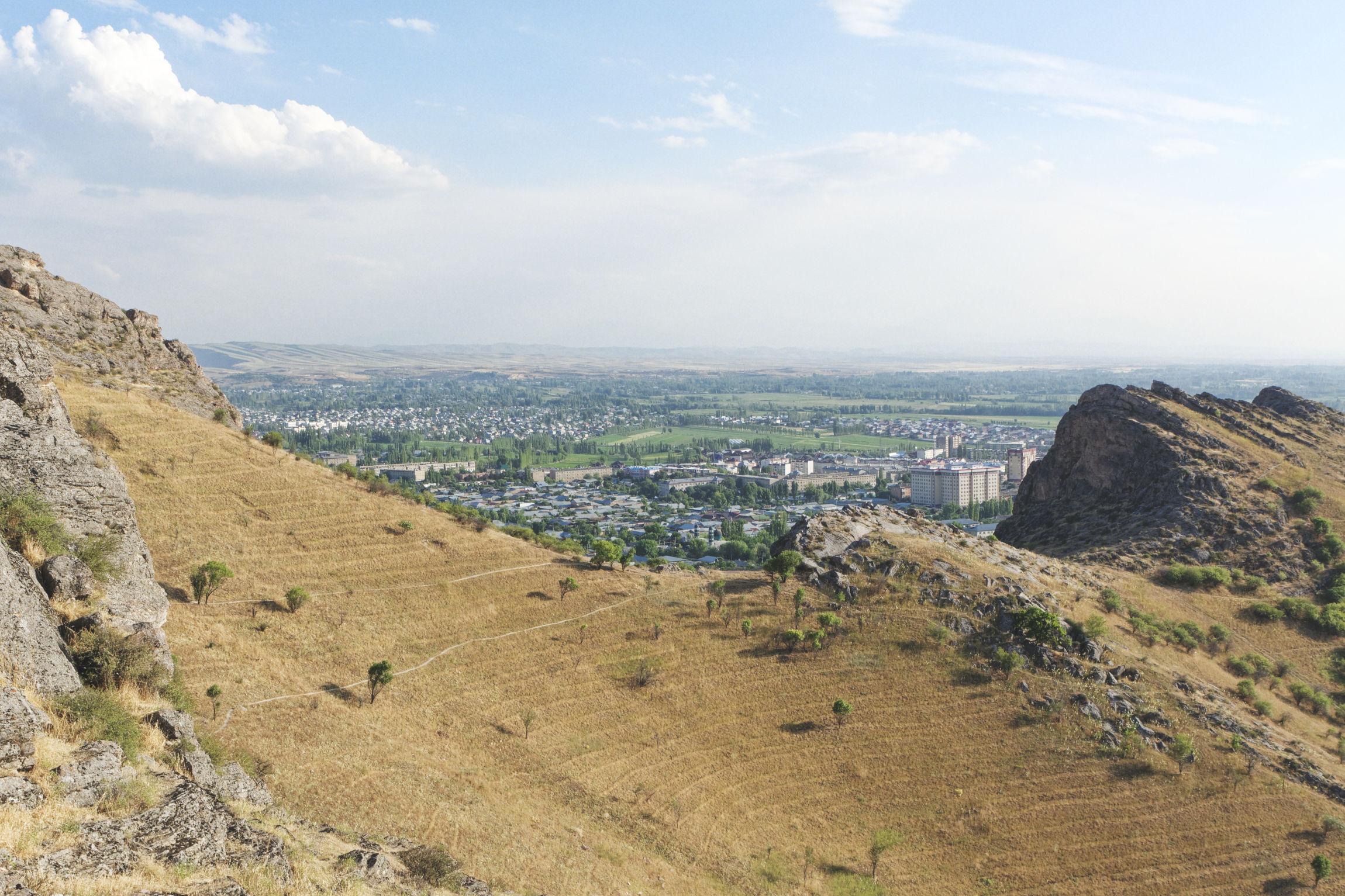 Montagne de Sulaiman-Too Och Kirghizstan