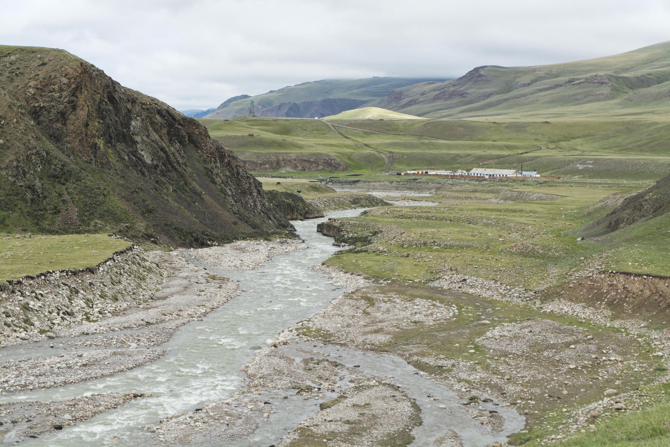 Rivière Tuz Kirghizstan