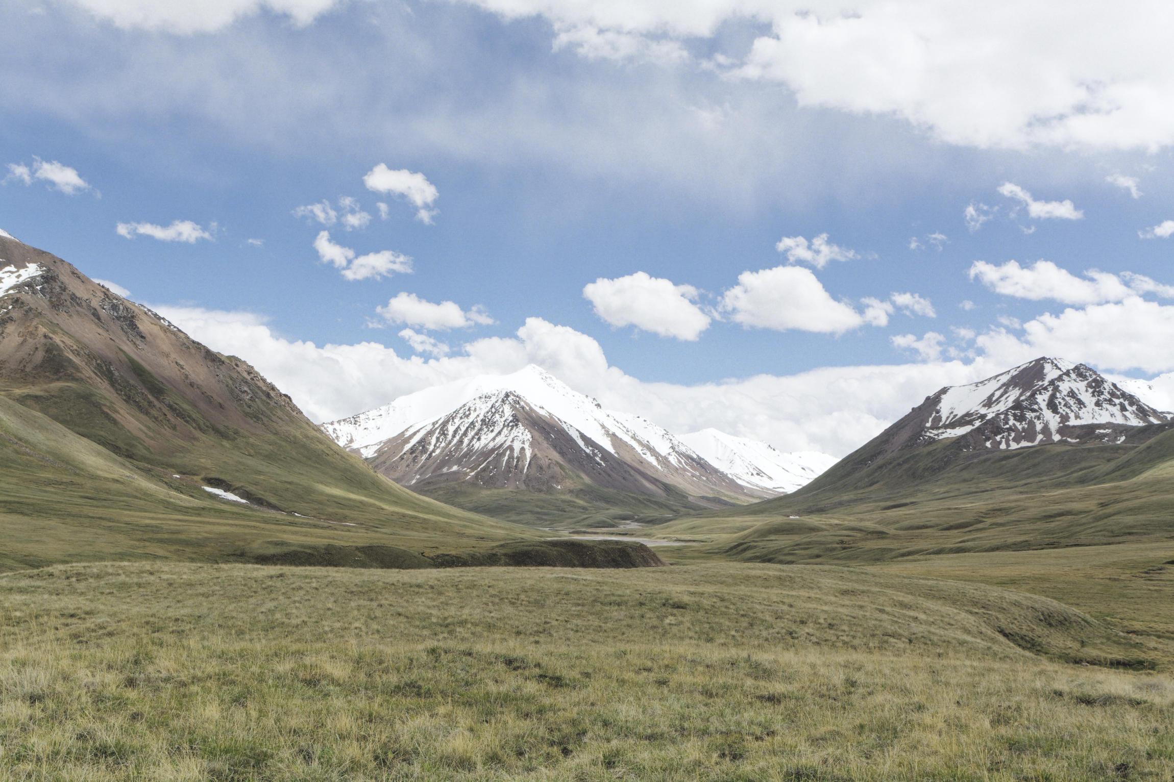 Steppe et montagnes Sary Jaz Kirghizstan