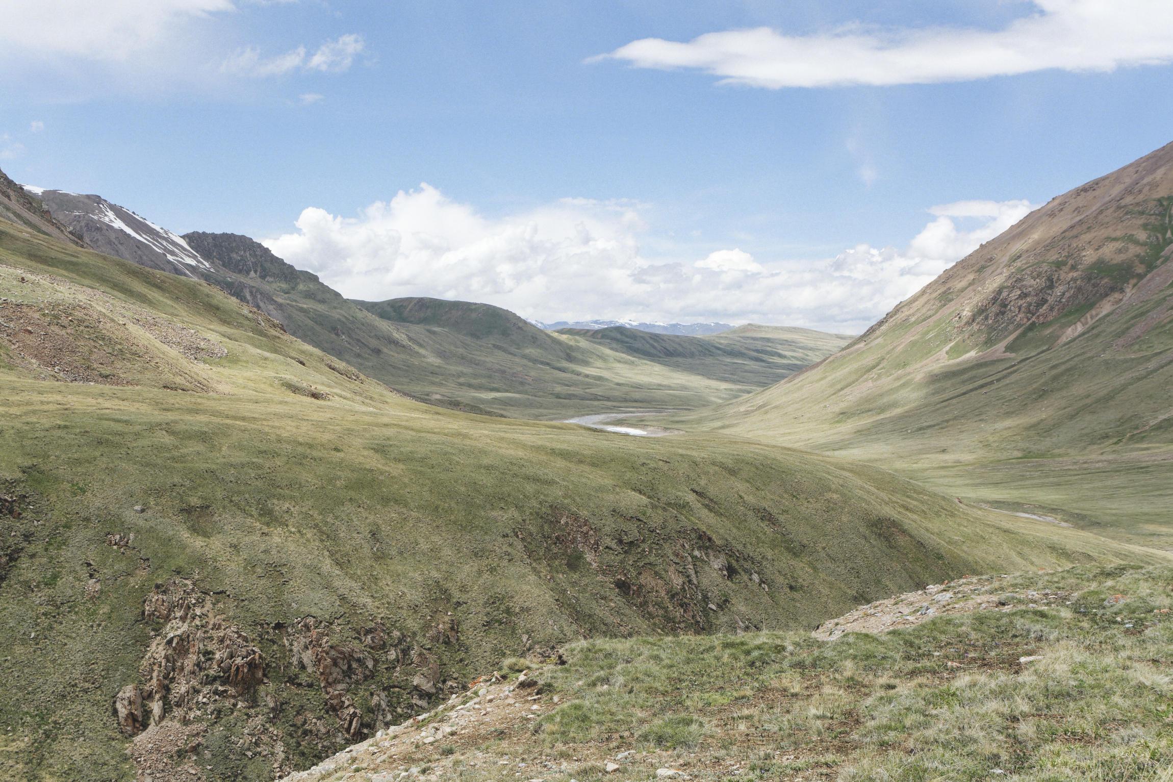 Rivière Tuz Kirghizstan région de Sary Jaz