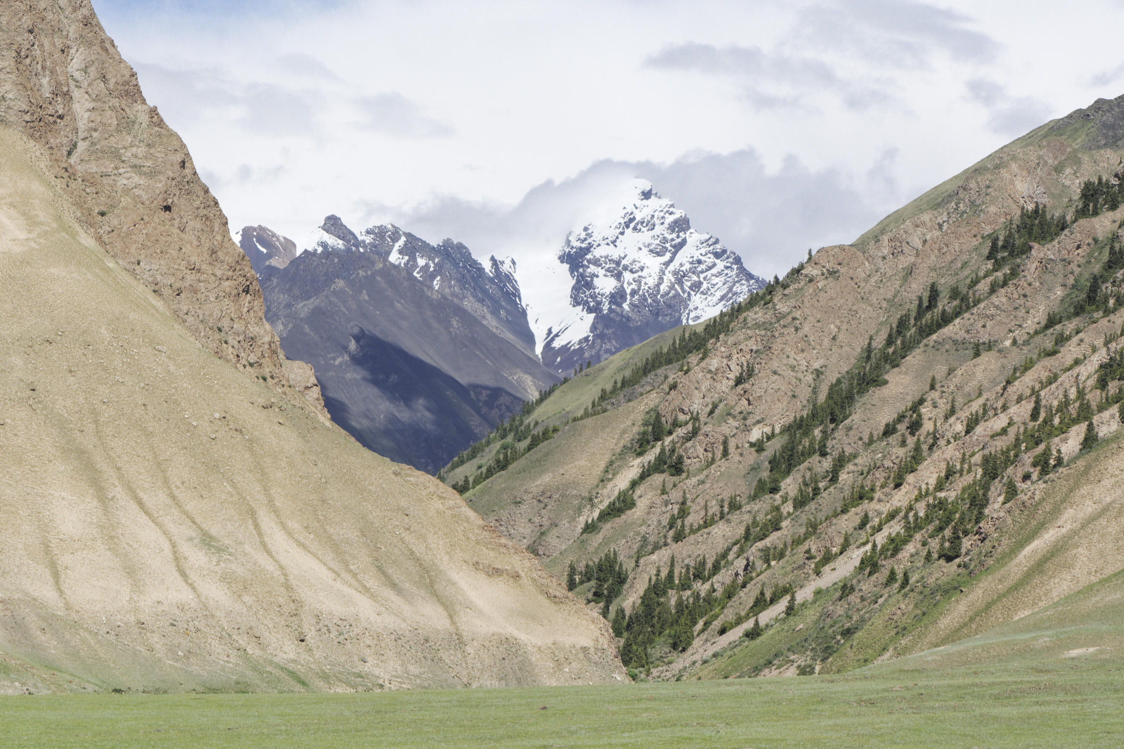 Montagne Kirghizstan