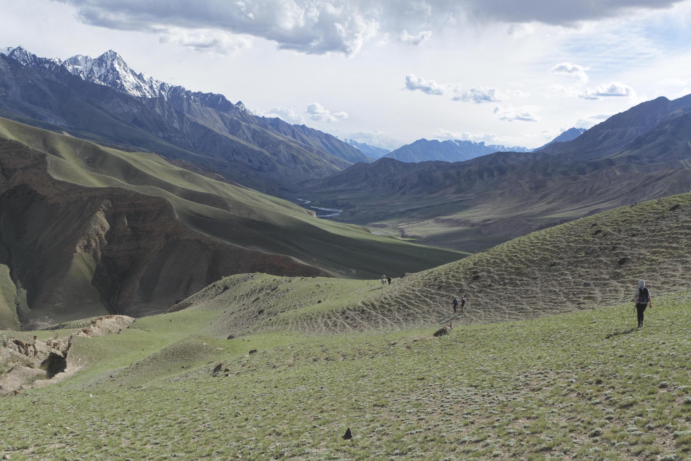 Trek dans la vallée de Kaindy Kirghizstan