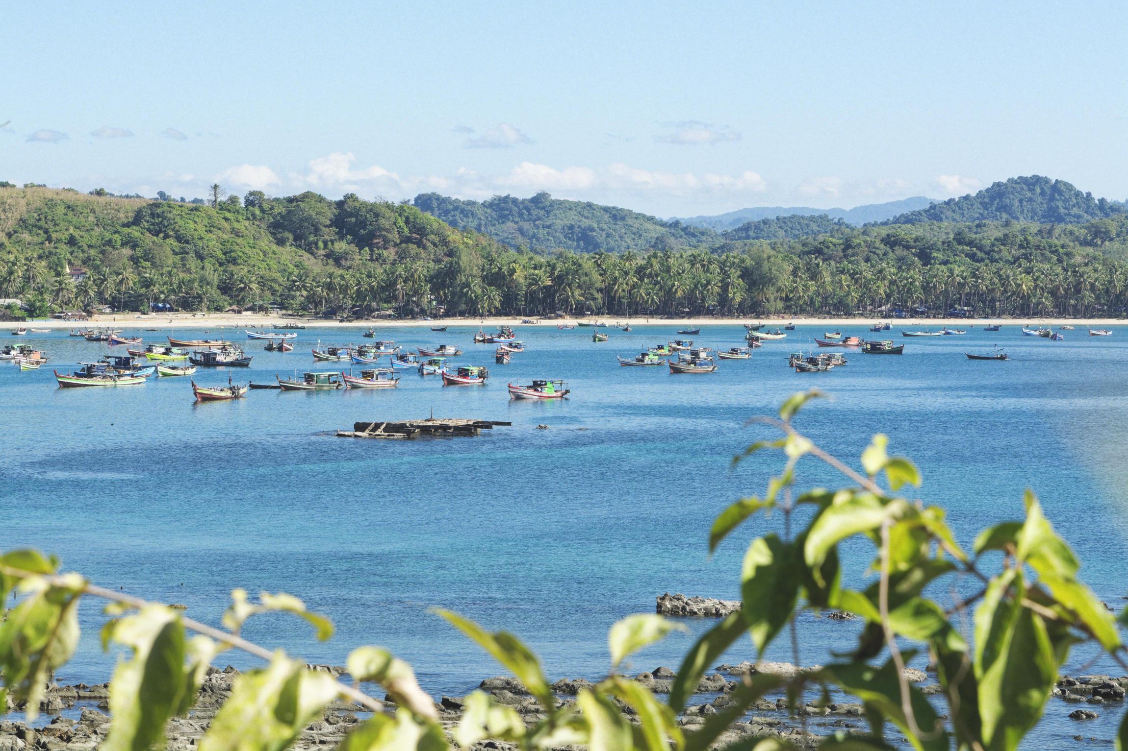 Ngapali bateaux