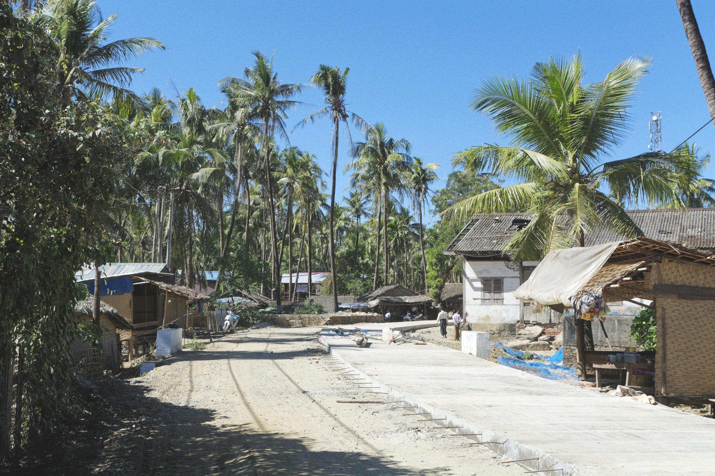 Ngapali village